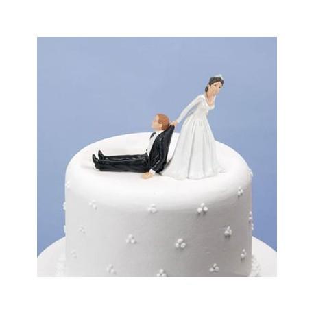 Boutique-Originale : Qui tire qui ?  La mariée !